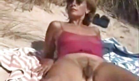 Chica jugar gran culo elástico negro pantalones sexo anal en idioma español