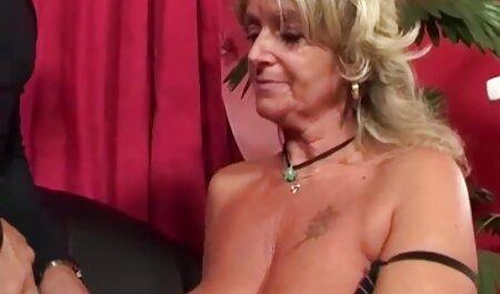 Tatuado Morena sexo anal doloroso español apasionado con su amante