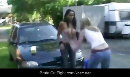 Latina adolescente tomar la pov en su boca anal castellano y chupar