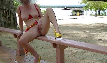 Novia de España jugando al tenis y nadando en la piscina anal casting español