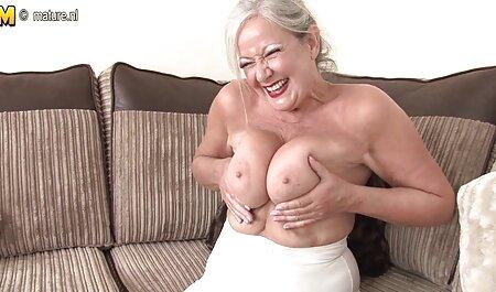 Rubia con grandes tetas mi primer anal español hermosas masturbándose en hombre negro