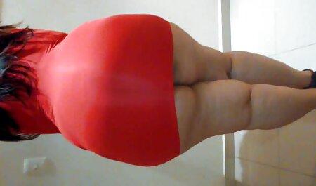 Chica follada Pov en el anal en español sofá