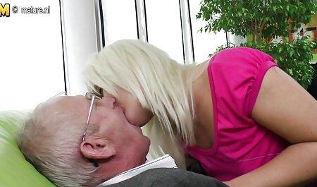 Hermoso sexo con Miranda anal en castellano encantador