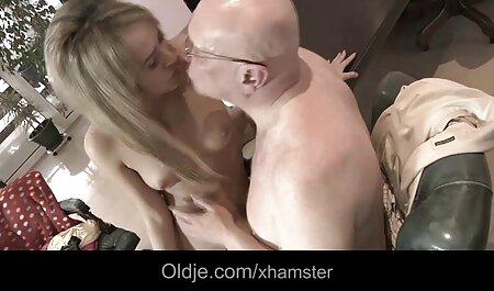 Mujer gorda folla su consolador en la calle casting español anal