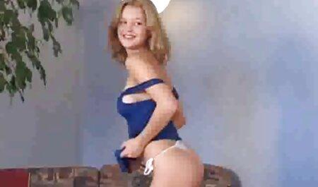 La pelirroja que inserta el tapón en su culo y se sienta en el pene con su videos de sexo anal español vagina