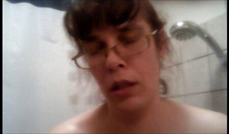 El hombre despertó en las niñas y lo anal gratis en español chuparon