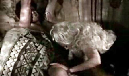Latina videos de sexo anal con españolas lesbiana lamiendo coño mojado