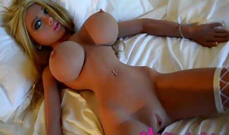 Zinaida le encanta chupar el pene masculino sexo anal subtitulado en español