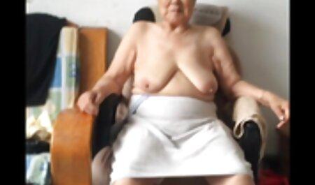La morena con gracia sin casting anal a españolas pantalones mostrando en topless