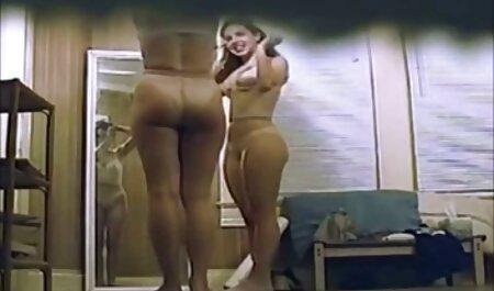 Las chicas su primer anal en español jóvenes después de la fiesta mostrar los guardias de mama