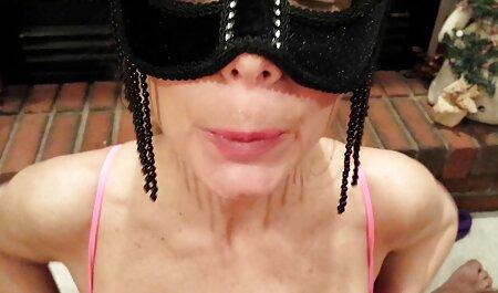 Tatyana drying su hat con la consolador anal a españolas