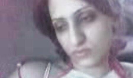 Morena satisfacer a un hombre y recibe el semen en su pecho videos de sexo anal en español gratis