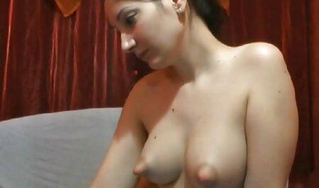 Estudiante Nikki quiere follar amateur anal español golpear a la derecha después de la pareja