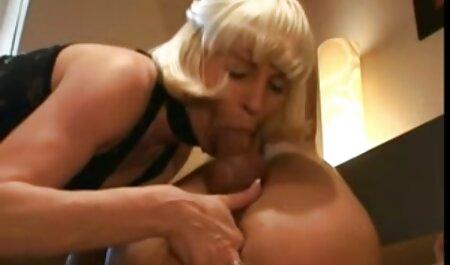 Stuffy chica en medias blancas tomando dos videos de sexo anal en español gratis pollas a la vez