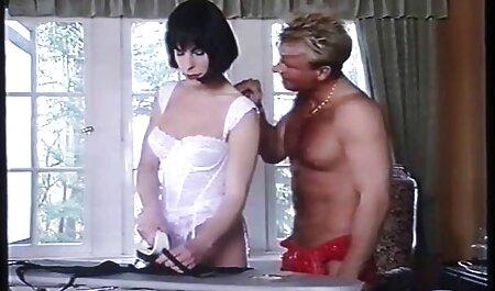Las sexo anal gratis español masajistas son elegantes en la parte superior del pene de sus clientes