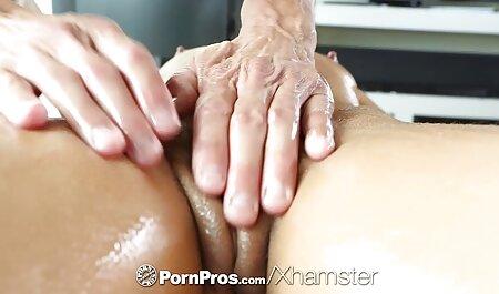 Slender Cora le dio al anal en castellano Hombre todos los agujeros